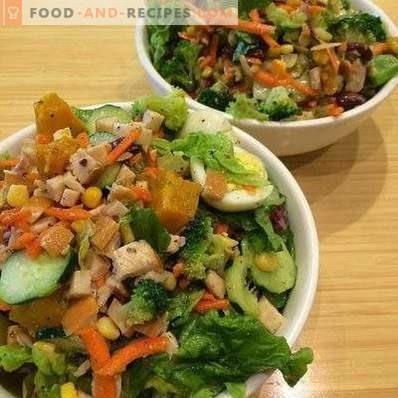 Salads with smoked chicken and cucumber
