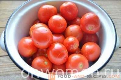 Eingelegte Tomaten für den Winter