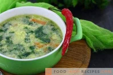 Spināti-olu zupa