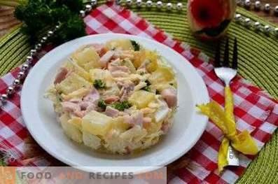 Salāti ar ananāsu un kūpinātu vistu