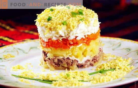 Mimosa sallad med torsklever är ett välbekant mellanmål i ett nytt format. Recept sallad